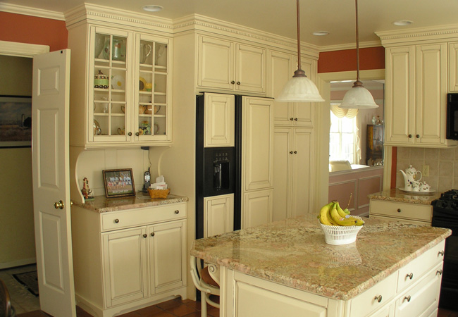LA Johnson Company kitchens